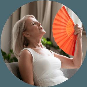 Hitzewallungen und übermäßiges Schwitzen sind unangenehme Begleiterscheinungen der Wechseljahre